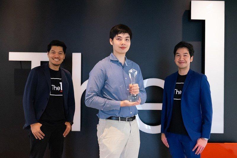 แคมเปญ 'The 1 x Central Chat & Shop' คว้ารางวัลชนะเลิศ Gold Award ระดับภูมิภาคเอเชีย จากงาน CX Asia Excellence Awards 2019 ในสาขา Best Omni-Channel Experience