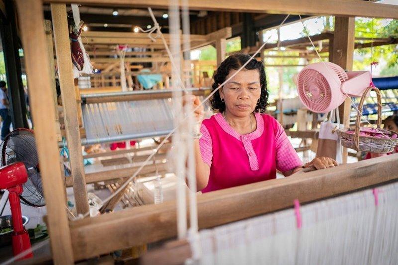 Cultural inheritance and stimulating ecotourism at Na Muen Si