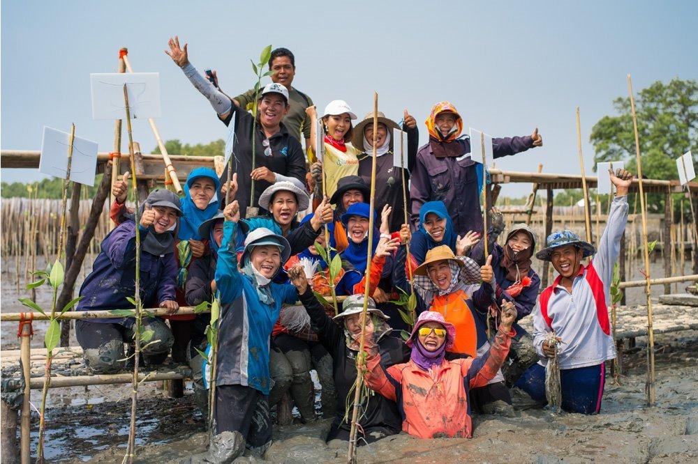 โครงการปลูกต้นไม้ ฟื้นฟูผืนป่า Forest Restoration