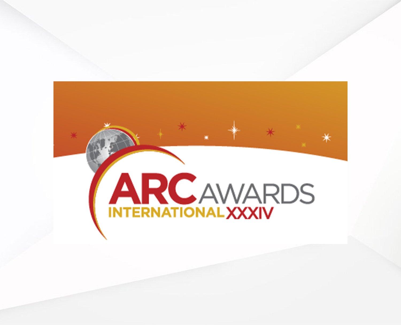 รางวัล Bronze  สาขา Interior Design (International Retail)